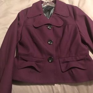 Ladies short jacket burgundy perfect condition
